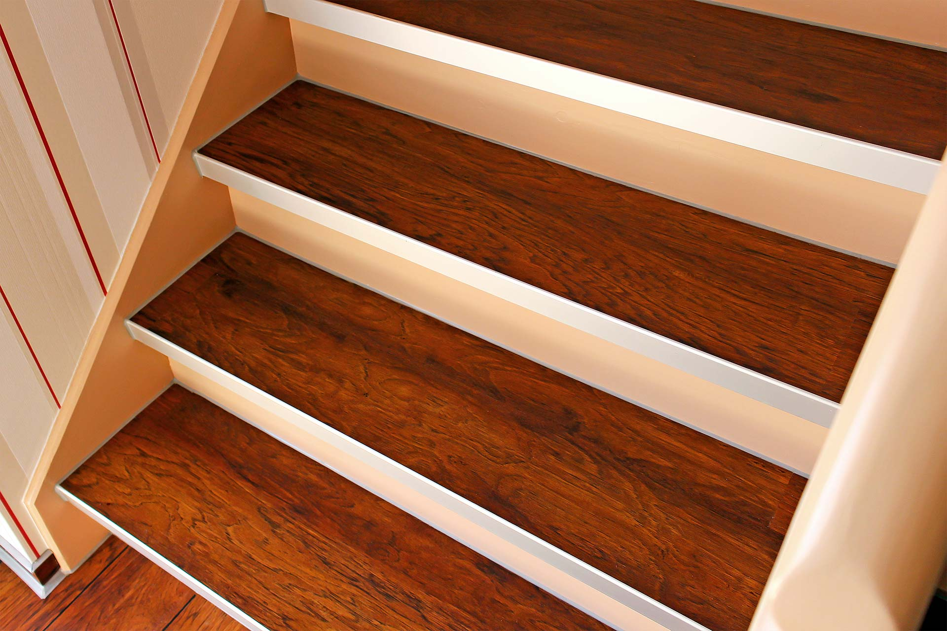 Treppe mit Designbelag