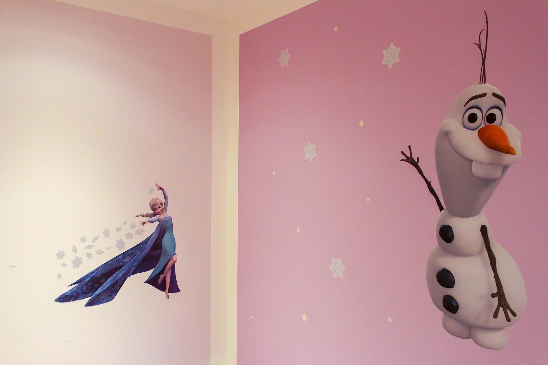 """Kinderzimmer mit Wandtattoos """"Eiskönigin"""""""